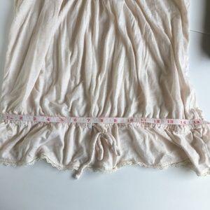 Express Tops - 🏈 3/$15 Express heathered pink lace tank top